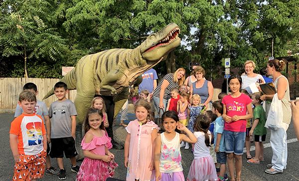 Field Station: Dinosaurs visited Kenilworth library – Renna
